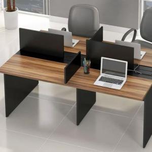 Mesa de escritorio para 4 pessoas